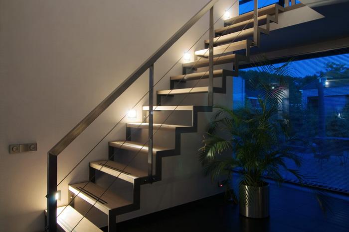 inbouwverlichting boven traptredes